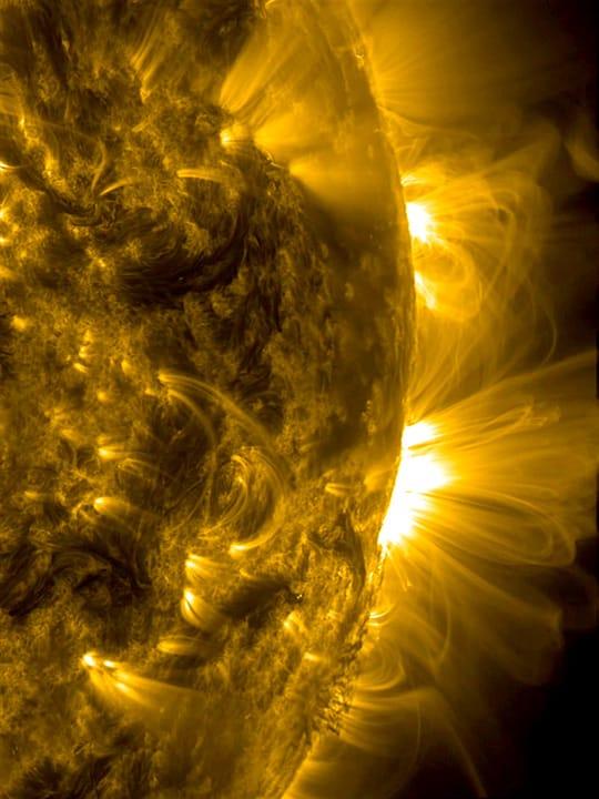 Magnetfeldbögen auf der Sonne