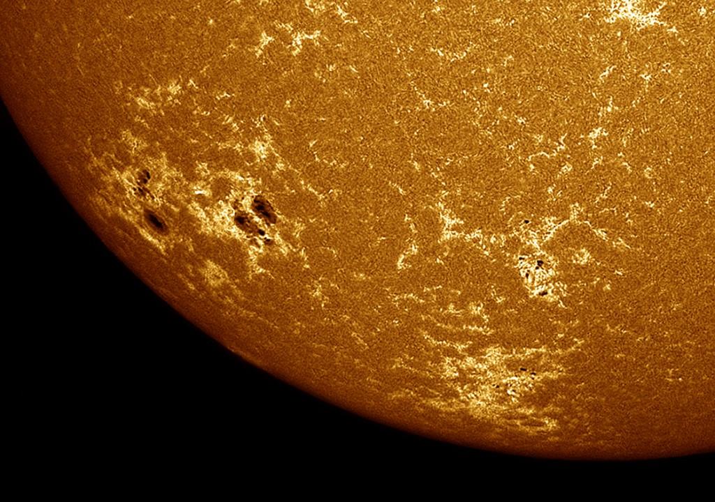 Bild: Sergio Castillo, Aufgenommen mit einem speziellen Sonnenteleskop, Kalzium-K Wellenlänge