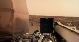 Zweite Aufnahme von der Marsoberfläche aufgenommen durch die Marssonde insight © NASA/JPL-Caltech