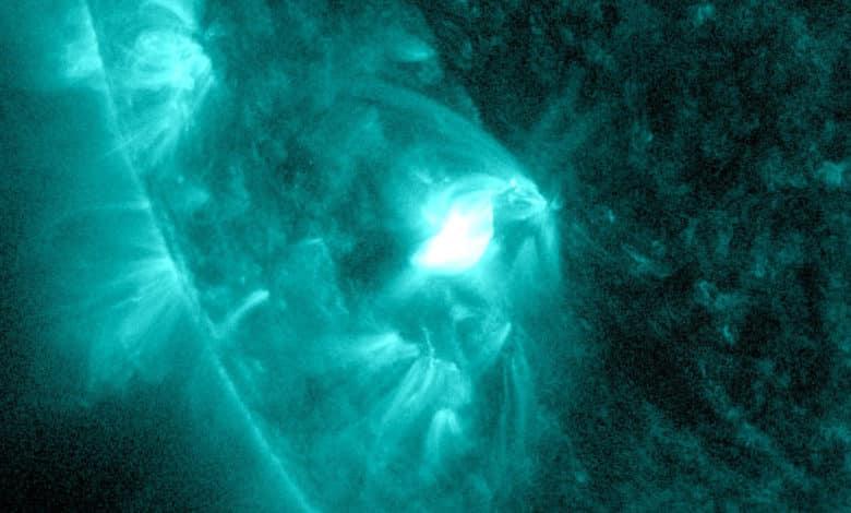 Kleiner Sonnenfleck überrascht mit einer Sonneneruption 2