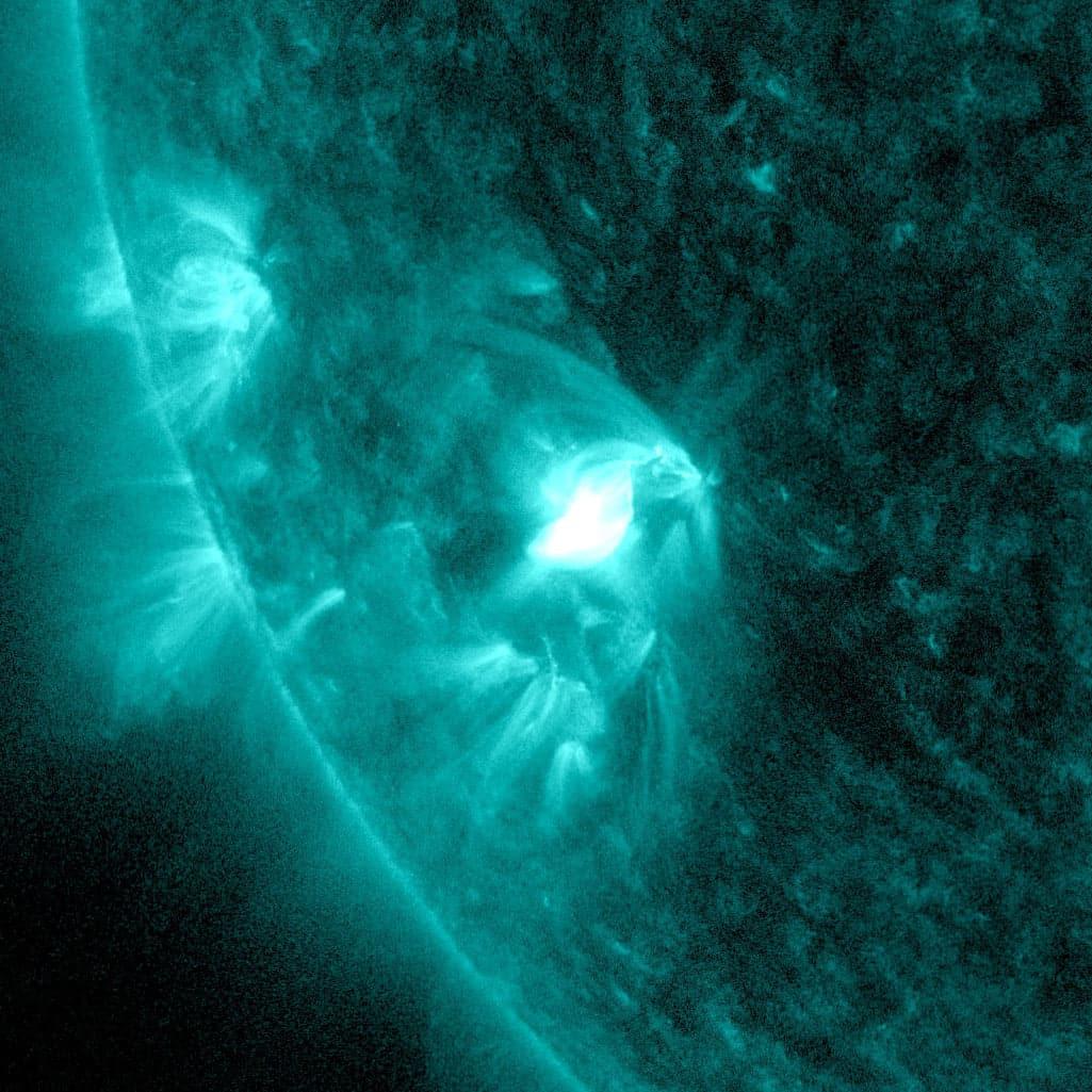 Kleiner Sonnenfleck überrascht mit einer Sonneneruption 1